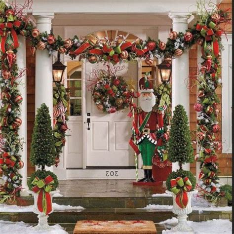 24 Cheap And Simple Christmas Front Porch Decorating Ideas