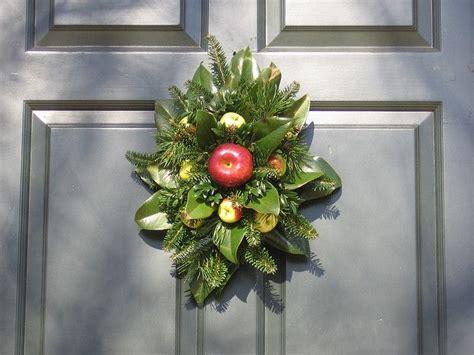 images  williamsburg christmas decorations