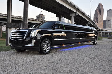 Limo Hire by Why To Hire Limousine For Your Prom 171 It S Boys