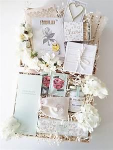 Verrückte Hochzeitsgeschenke Ideen : build a boxfox custom gift boxes gifts and presents pinterest geschenk geschenke ~ Sanjose-hotels-ca.com Haus und Dekorationen