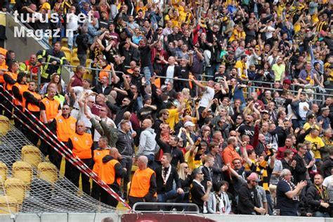 Previous match both teams match ended: Foto: SG Dynamo Dresden vs. Hansa Rostock - Bilder von SG ...