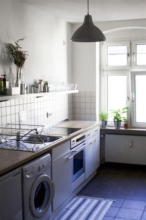 Kuche Mit Waschmaschine by Helle Und Vollausgestattete K 252 Che Mit Waschmaschine Und