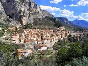 Ford Aix En Provence : provence france pics ~ Medecine-chirurgie-esthetiques.com Avis de Voitures