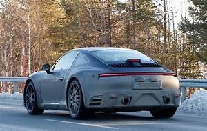 2019 Porsche 911 : next generation 2019 porsche 911 spotted with its spoiler down autoevolution ~ Medecine-chirurgie-esthetiques.com Avis de Voitures