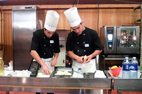 Hotellerie Concours De Cuisine Lycée Lycée Professionnel Hôtellerie Et Restauration