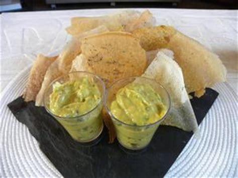 cuisiner la papaye guacamole à la papaye et ses chips épicées recette iterroir