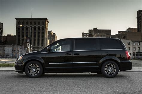 chrysler town  country    van  black