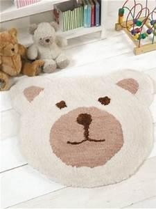 tapis pour chambre de bebe et chambre d39enfant tapis pas With tapis tete d ours