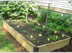 Easy And Simple DIY Square Foot Wood Raised Bed Vegetable