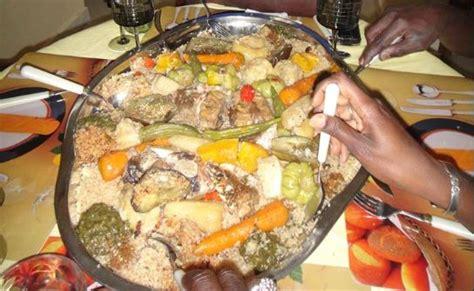 que veut dire chemiser en cuisine le riz tiep pilier central de la cuisine sénégalaise