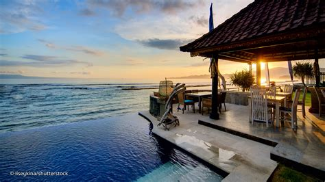 dive resorts  bali  popular bali hotels
