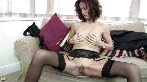 India F In Old Lady India Playing With A Vibrator Hd