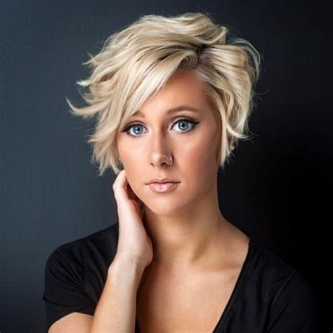 trendy layered short haircut ideas  extra
