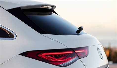 This is down to the wider track, which makes the new cla shooting brake look even more athletic, as well as the lower centre of gravity. Test drive nuova Mercedes CLA Shooting Brake 2020   Fleet Magazine