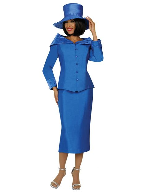 Look elegant with a woman church suits!! - mybestfashions.com