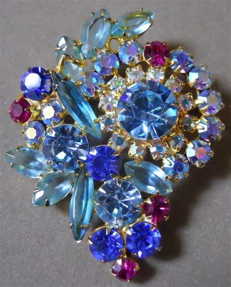 images  costume jewelry brooches  pinterest