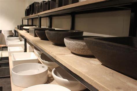 landelijke badkamermeubel tweedehands badkamermeubel badmeubel teakhouten hout waskom wastafel