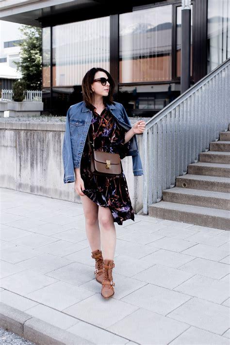 so style ich meine chlo 233 rylee cutout boots mit jeansjacke und kleid of the day