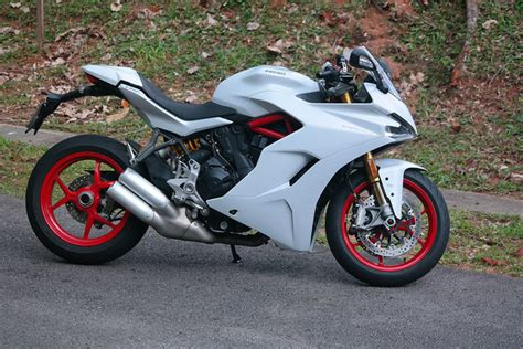 Ducati Car Price by Ducati Supersport S 2017 Review Carbuyer