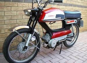 Essence Tondeuse 95 Ou 98 : mobylette sp 93 sport moteur monocylindre 2 temps ~ Dailycaller-alerts.com Idées de Décoration