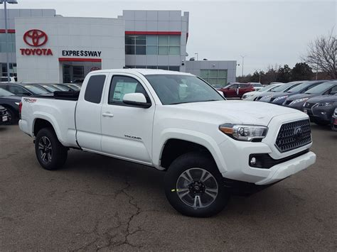 New 2018 Toyota Tacoma Trd Sport Access Cab In Boston
