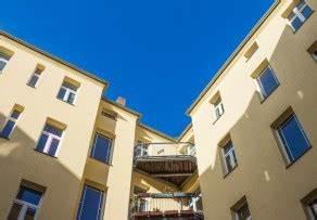 Was Kostet Ein Stahlträger : balkon aus stahltr gern der freistehende balkon ~ Michelbontemps.com Haus und Dekorationen