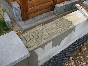 Sägetisch Für Handkreissäge Selber Bauen : abdecksteine auf die betonmauer betoniert wir bauen dann ~ Lizthompson.info Haus und Dekorationen