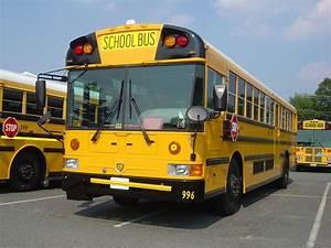 International 3... School Bus