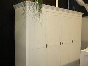 Türen Landhausstil Weiß : kleiderschrank hampton im landhausstil mit vier t ren in ~ Michelbontemps.com Haus und Dekorationen