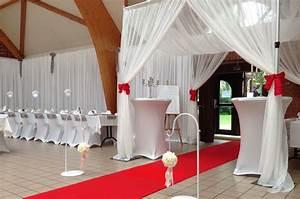 Idee Deco Salle Mariage : d coration entree de salle de mariage ~ Teatrodelosmanantiales.com Idées de Décoration