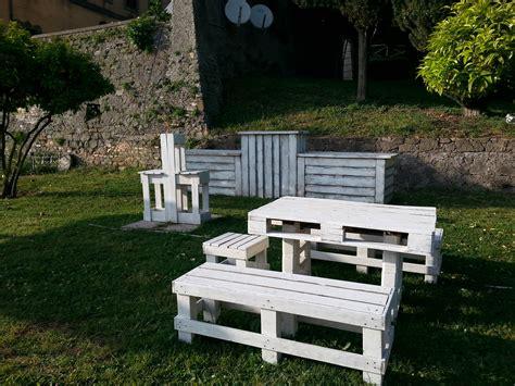 Arredo Giardino Pallet by Tavoli Mobili In Pallet
