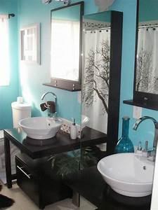 gris et bleu deux couleurs en osmose dans la salle de With salle de bain mur bleu