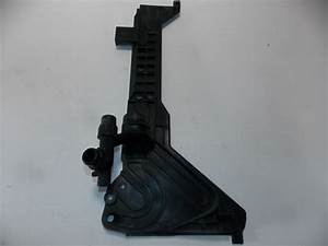 Bmw E46 Coolant Tank Mount Bracket Manual 1436250 Oem 99