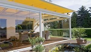 sonnenschutz markisen terrasse schattenspender fur balkon With markise balkon mit barock tapete bordeaux