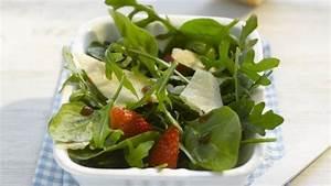 Salat Mit Spinat : spinat rauke salat mit erdbeeren und parmesan rezept eat smarter ~ Orissabook.com Haus und Dekorationen