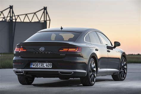 Volkswagen Arteon R 2020 by 2019 Volkswagen Arteon R Line Rear Three Quarter 03 Car
