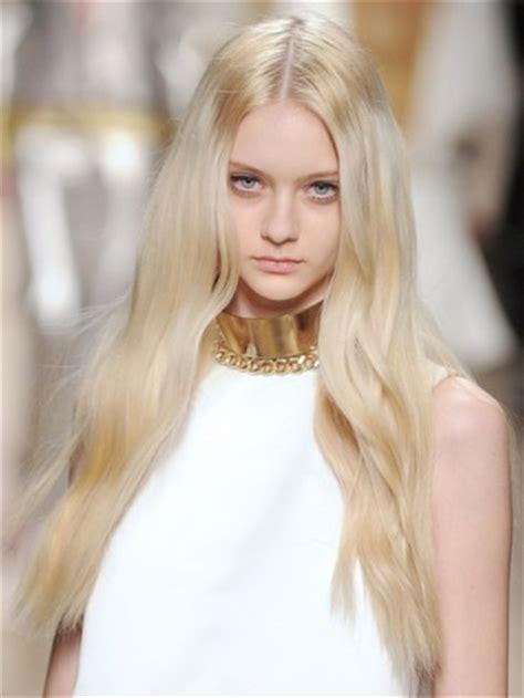 Real Platinum Hair by P艫rul Blond Platinat La Mod艫 238 N Aceast艫 Var艫 Bodygeek