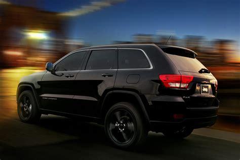 black jeep cherokee jeep unveils nameless all black jeep grand cherokee