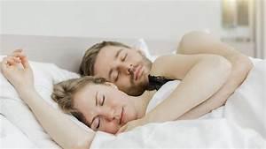 In Welche Himmelsrichtung Schlafen : partnerschaft besser schlafen mit getrennten betten welt ~ Markanthonyermac.com Haus und Dekorationen