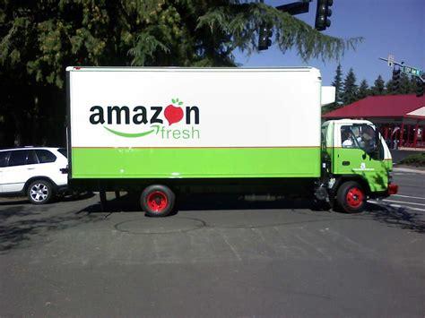 PICTURES: Amazon's New York Grocery Warehouse In Avenel NJ ...