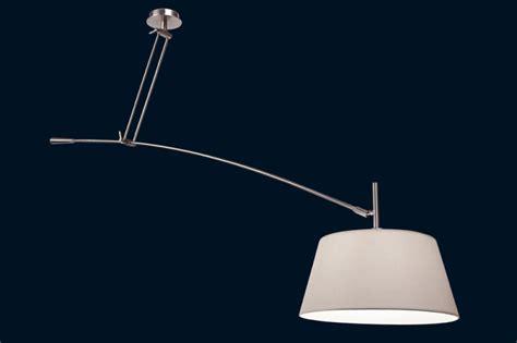 mini cuisine en bois luminaire avec plafonnier décentré 4 solutions déconome