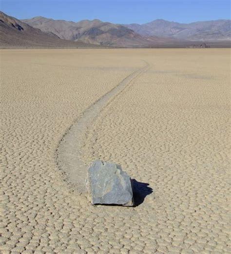 la chambre des morts explications fin pierres mouvantes la science lève le voile sur un