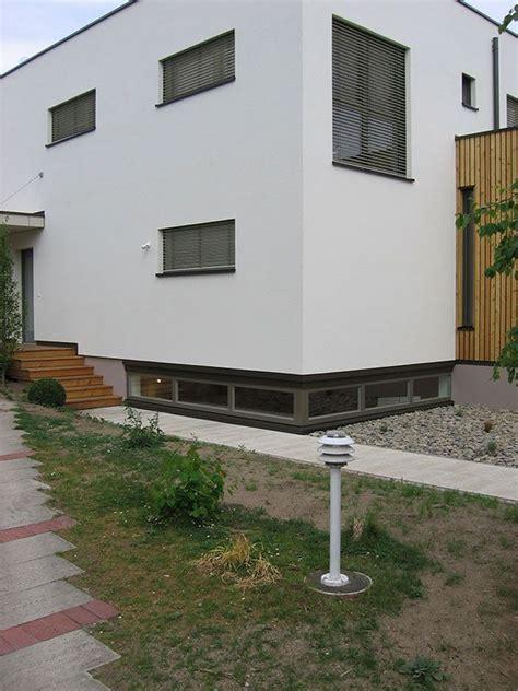 Stadtvilla Mit Garage Im Keller by Lichtband Im Keller Allerdings Unter Der Decke Home