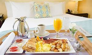 America's Most Popular Room Service Items | HuffPost