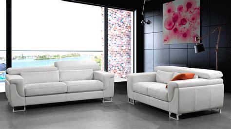 canapé blanc en cuir canapé design cuir blanc 3 places canapé pas cher