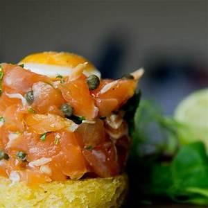 Tartar de salmónMarinado con soja, mostaza y wasabi, hac