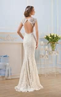robe de mariã e dentelle sirene robe de mariée dos nu semi nu et en dentelle 70 designs