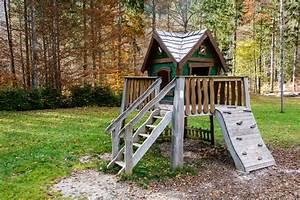 Gartenhäuschen Selber Bauen : spielhaus f r den garten selber bauen eine anleitung ~ Whattoseeinmadrid.com Haus und Dekorationen