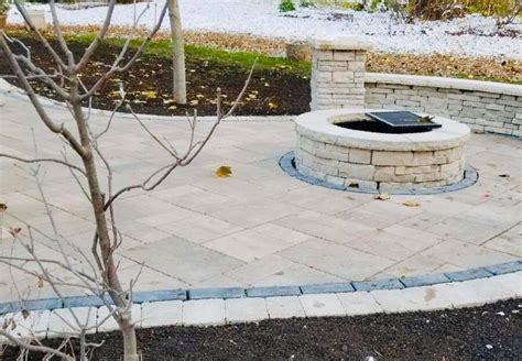 Unilock Paver Installation by Unilock Pisa 2 Retaining Wall And Permeable Paver