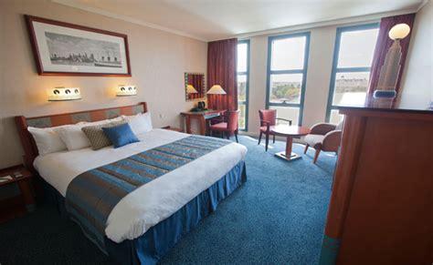 chambre standard hotel york disney rooms hotel york disneyland hotels